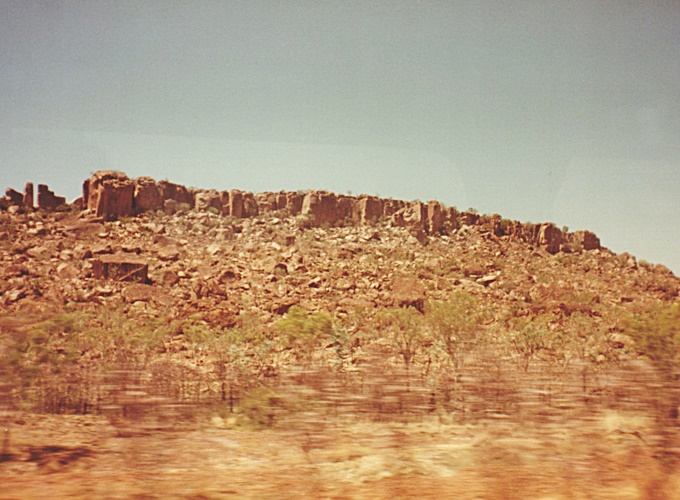 ブルーム・西オーストラリア。On the road between Perth to Darwin.