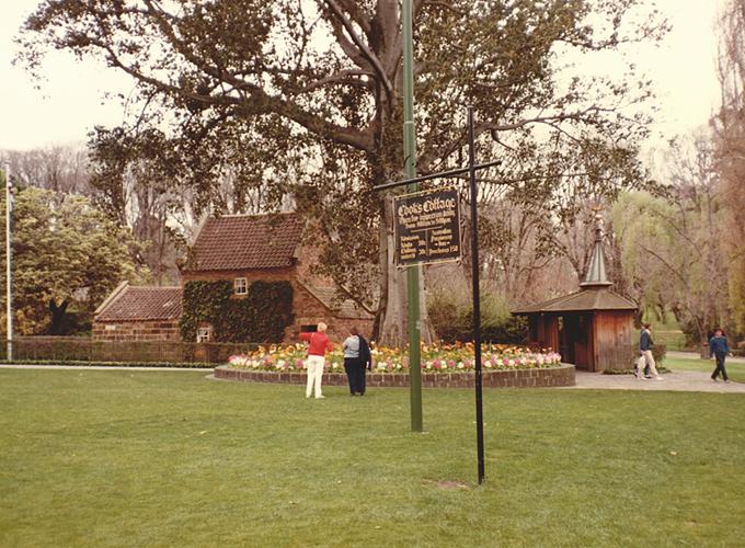 オーストラリア・メルボルン。Captain Cook's Cottage.