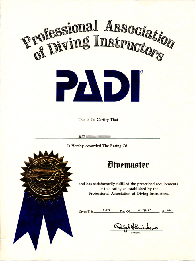 サーファーズパラダイス・スキューバダイビング。Divemaster diploma.
