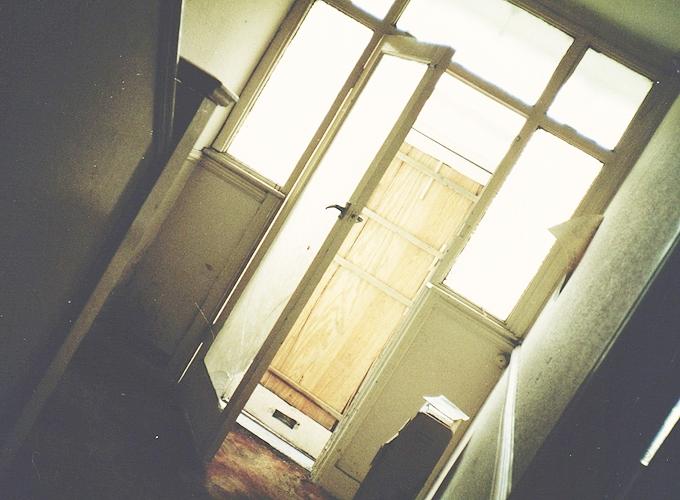 イギリス。The door.