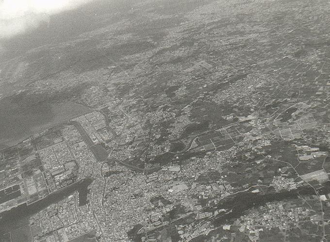 米国領・グアム。Naha land view from the airplane.