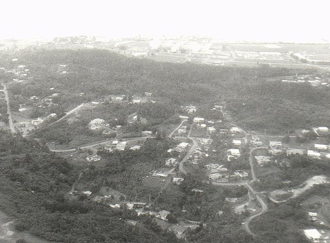 米国領・グアム。Guam land view from the airplane.