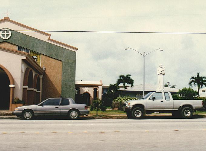 アメリカ領・グアム。Drive in Guam.