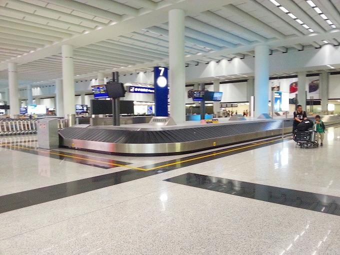 香港国際空港 手荷物受取所