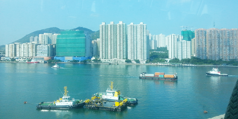香港 九龍 尖沙咀 Tsim Sha Tsui to Air port, Hong Kong.
