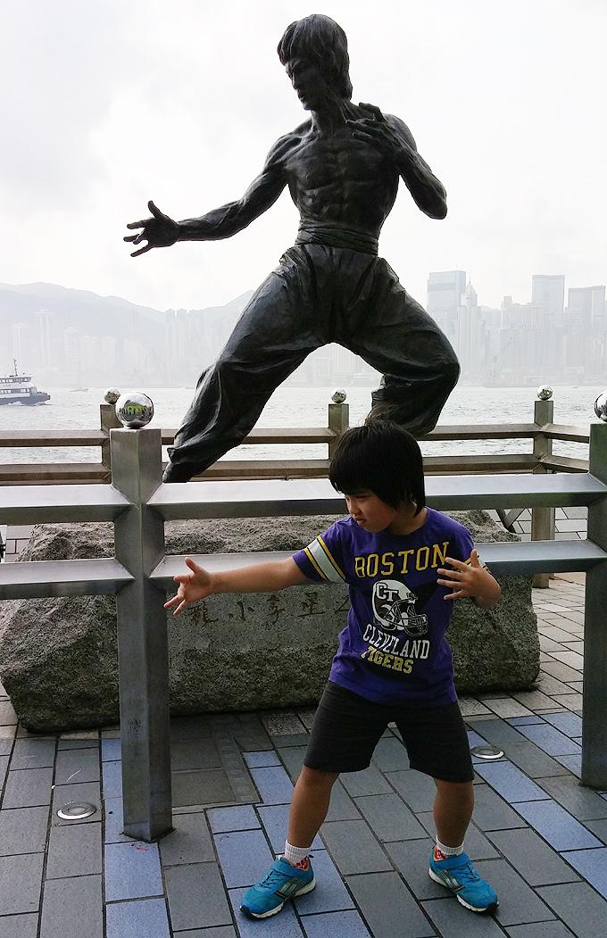 Bruce Lee(李小龍)像 香港 九龍 星光大道 Part2(Avenue of Stars.)