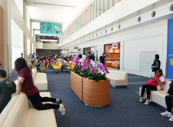 韓国旅行。International boarding area.