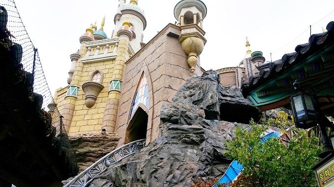 韓国・ソウル。お城見っけ - ロッテワールド・マジックアイランド(Lotte World.)