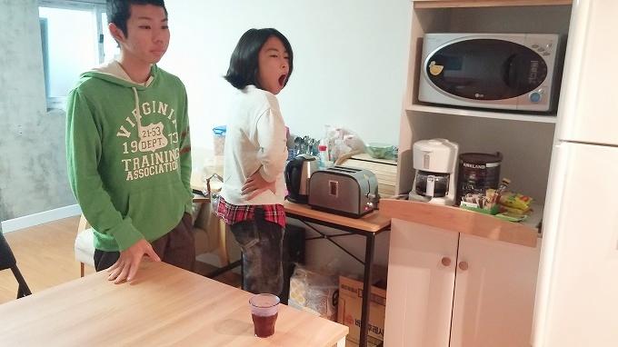 韓国。ソウル。中2階のキッチン - i house朝食