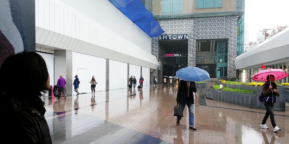 韓国ソウル。SMTOWN