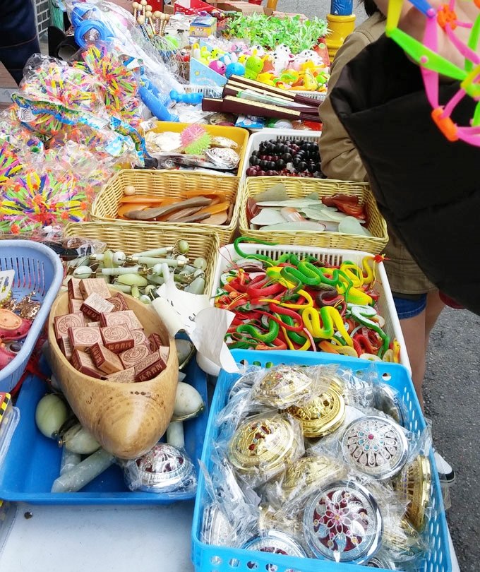 韓国。おもちゃ - 仁川チャイナタウン