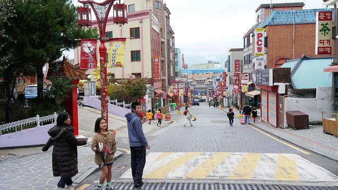 韓国。メインストリート - 仁川中華街・買食