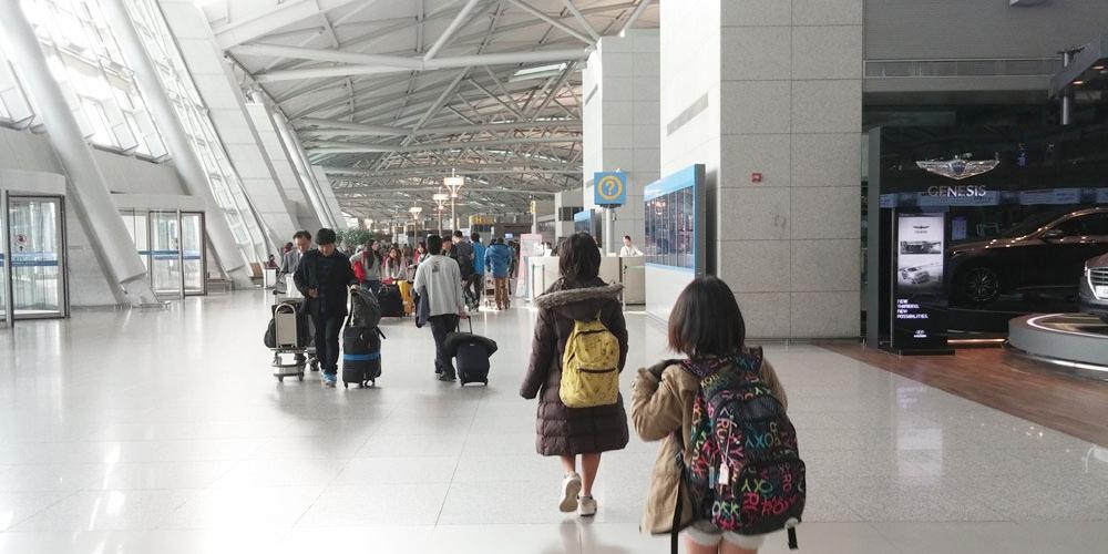 仁川国際空港出発ロビー - 帰沖(Way back home.)