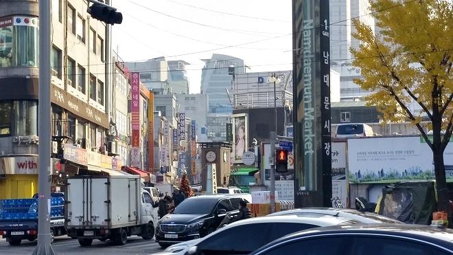韓国。韓国ソウル・南大門市場(ナンデムンシジャン)・南大門市場入口