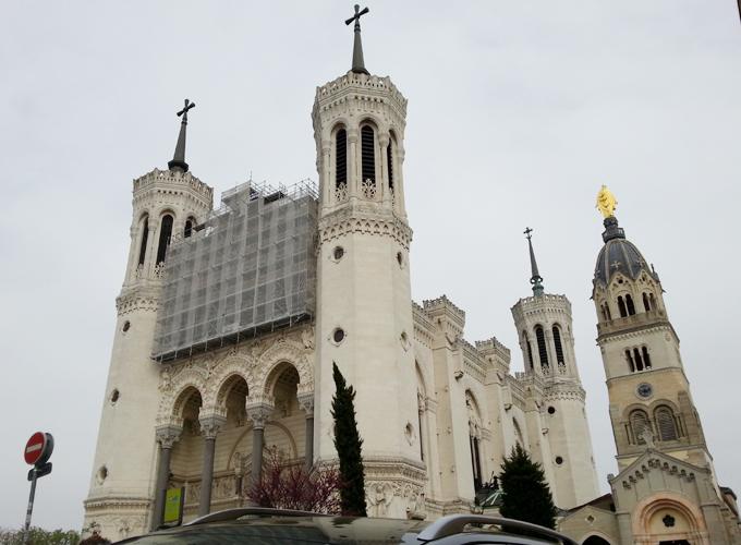 フランス・リヨン。ノートルダム・ド・フルヴィエール大聖堂