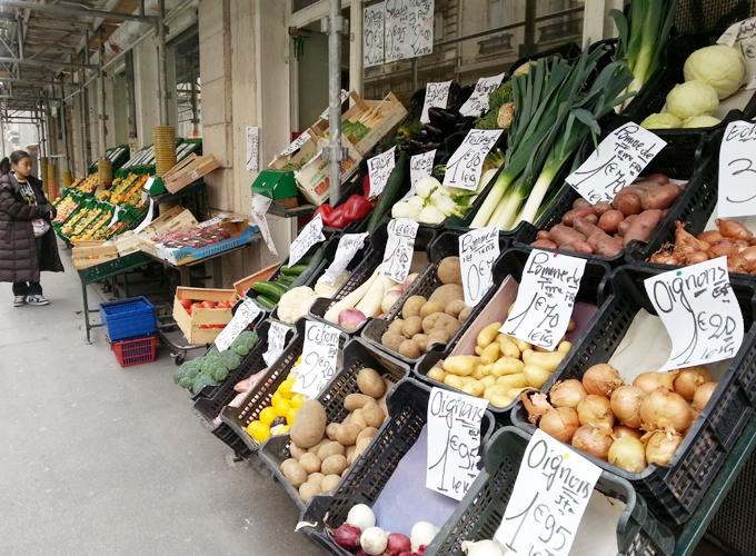 フランス・リヨン。商店