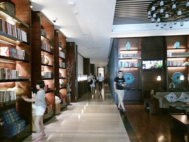中国・上海柏陽君亭酒店/ フロントロビー/ ナラダブティックホテル上海ホンコウ