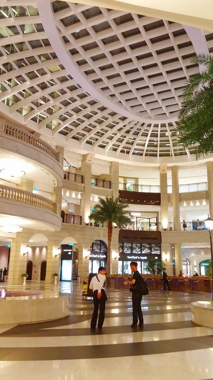 台湾 台北市 信義区の高層ビルの中