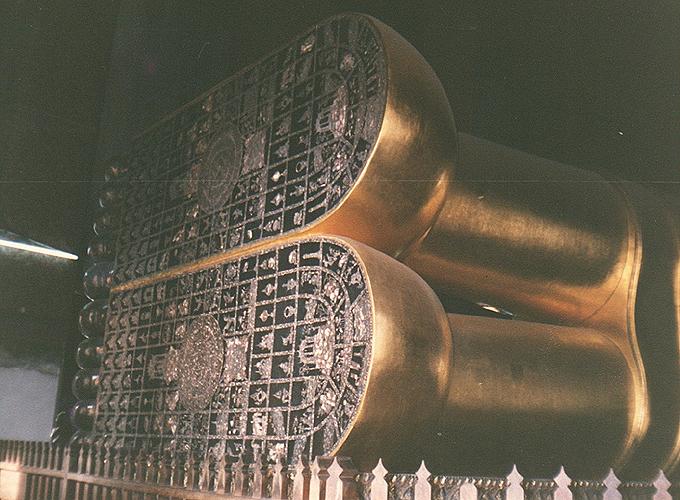 タイ王国、バンコク。Reclining Buddha.