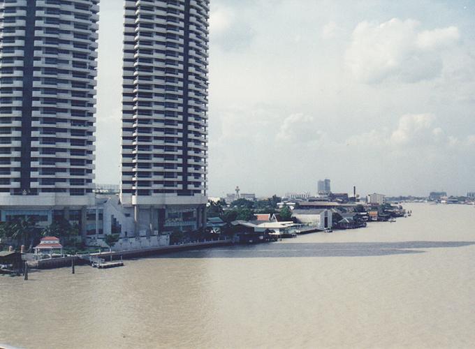 タイ王国・バンコク。チャオプラヤー川