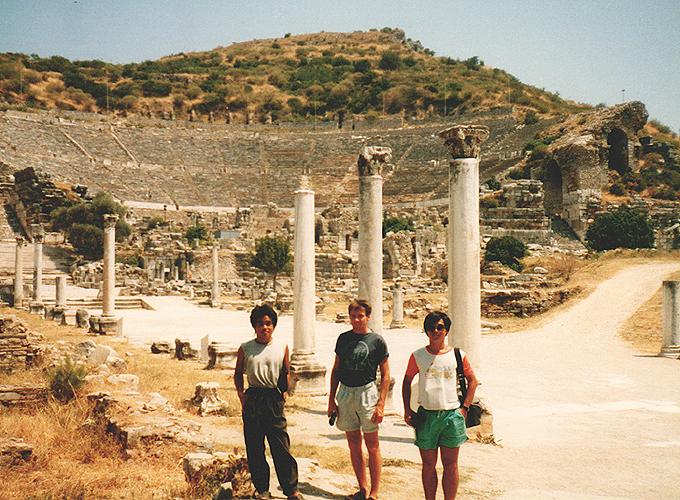 港町イズミール。トルコ。4guys in Ephesus Izmir.