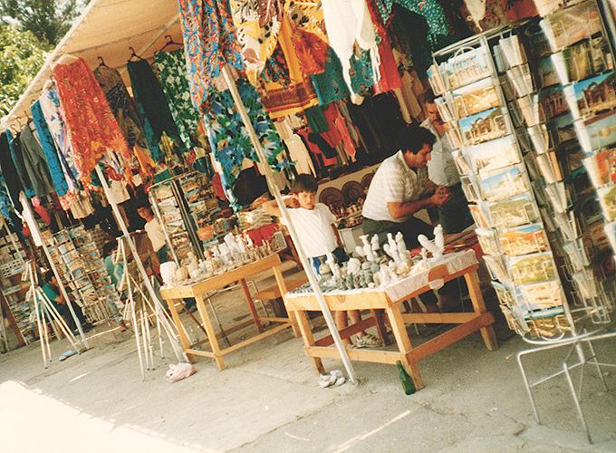 港町イズミール。トルコ。Souvenir shops in Ephesus Izmir.