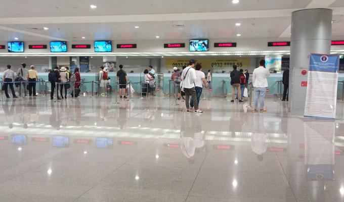 ベトナム・ホーチミン。タンソンニャット国際空港入国審査