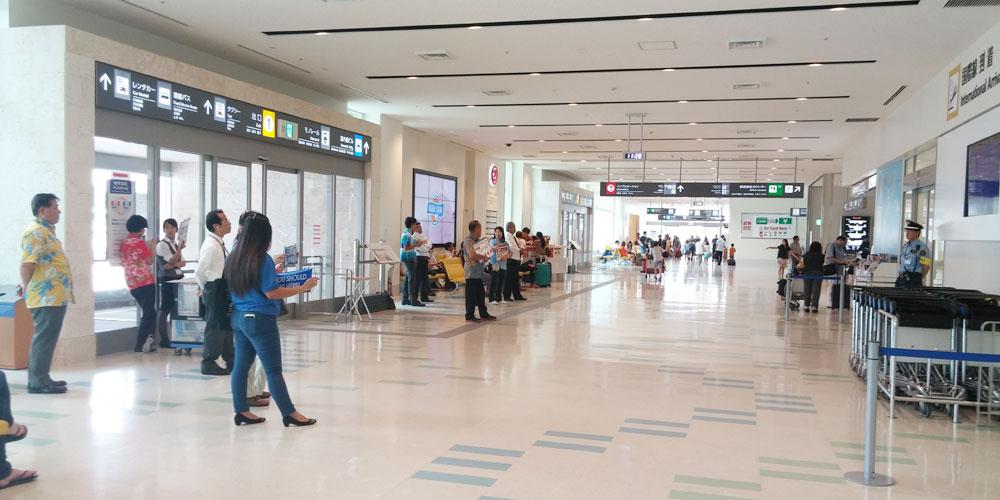 那覇国際空港1階フロア