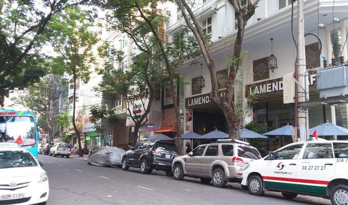 ベトナム・ホーチミン市。ミフキ・ブティック・ホテルの表通り。