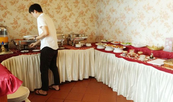ベトナム・ホーチミン市。ミフキ・ブティック・ホテルの朝食(Mifuki's breakfast.)