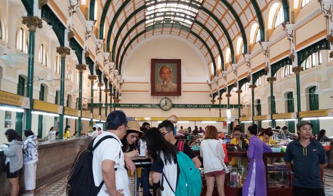 ベトナム ホーチミン市 サイゴン中央郵便局 屋内