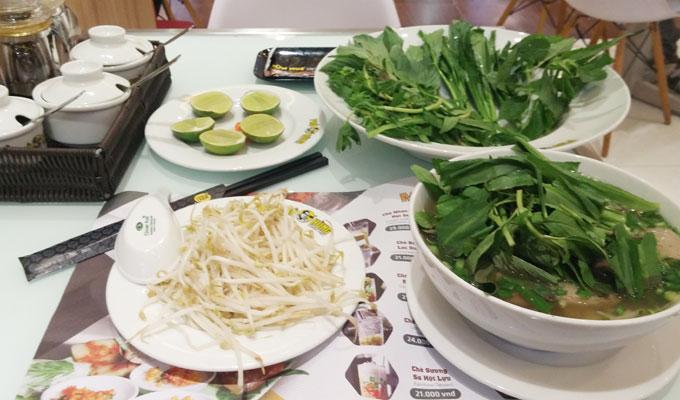 ベトナム・ホーチミン市。MON HUE restaurant