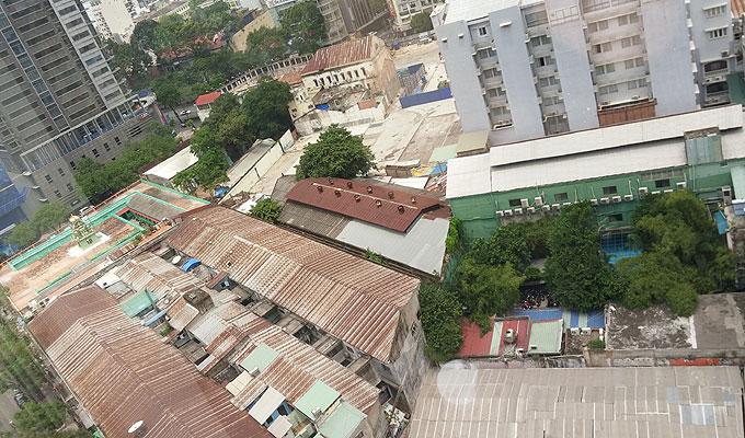 ベトナム・ホーチミン市。グエンフエ通りの裏。