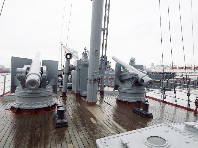 ロシア・ウラジオストク。クラスヌィ・ヴィンペル記念艦