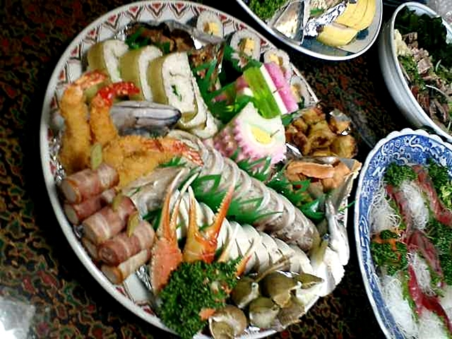 高知県の郷土料理「皿鉢料理(さわちりょうり)」