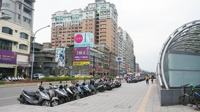 台湾・新北市土城区頂埔。