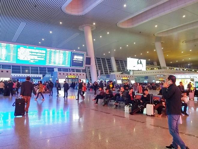中国 上海-杭州高速鉄道 待合室ロビー
