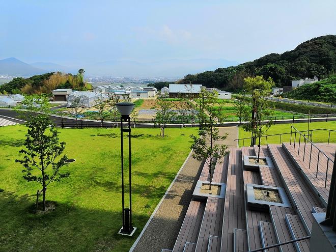 福岡市 国立九州大学 伊都キャンパス「植物圃場施設」