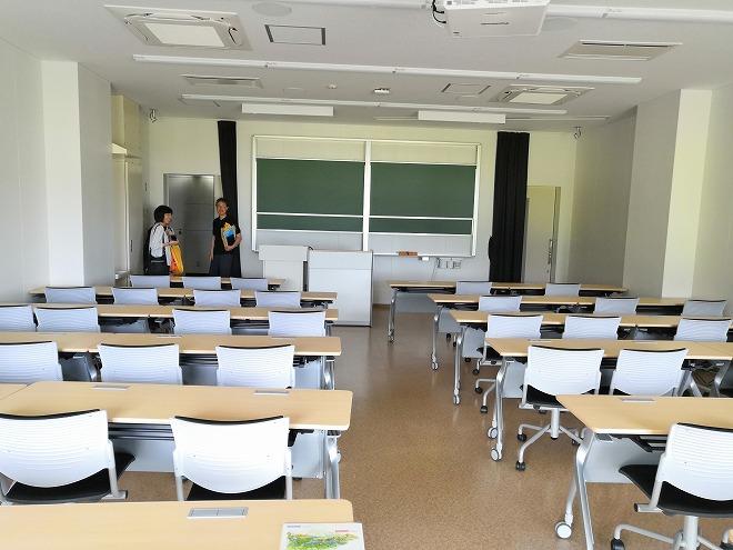 福岡市 国立九州大学 伊都キャンパス「講堂」