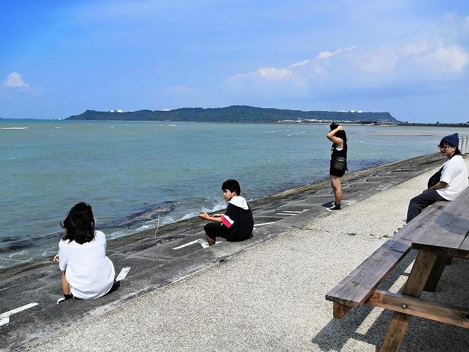 沖縄県 うるま市 海の駅 あやはし館