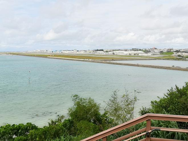 豊見城市 瀬長島ウミカジテラス前の浅瀬の海
