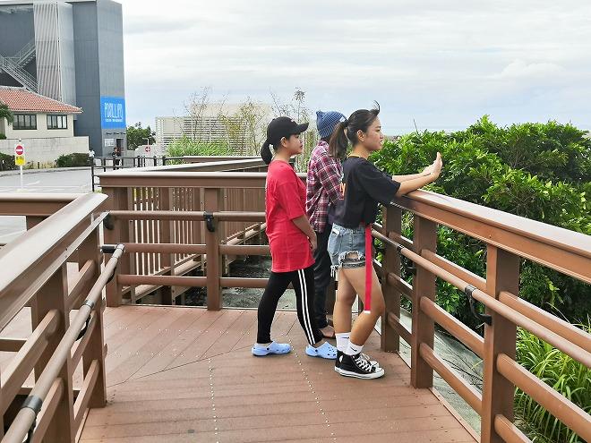 豊見城市 瀬長島ウミカジテラス「琉球温泉 瀬長島ホテル」の前