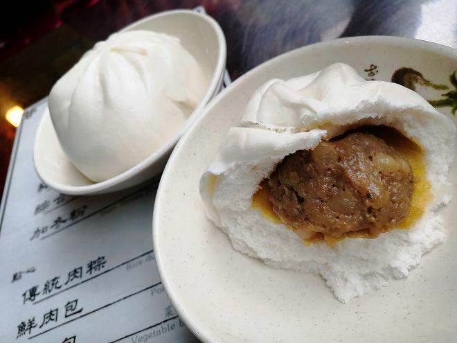 台北市大同区 迪化街商圈(大稲埕)鲜肉包屋さんの肉まん