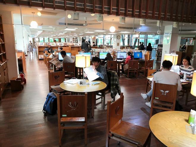 台湾 台北市 温泉の街 新北投 市立図書館北投分館