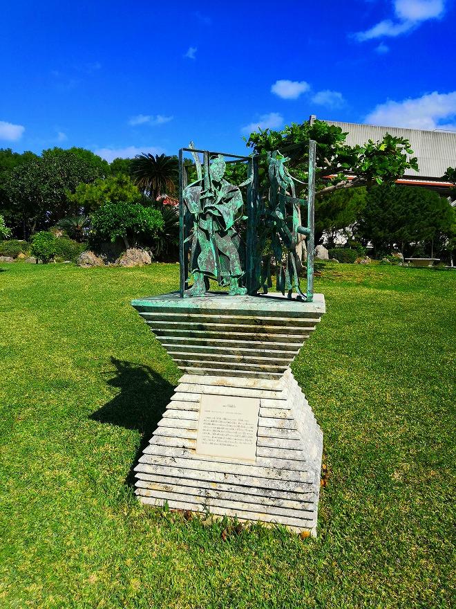 沖縄 組踊公園 組踊の代表的な演目にちなんだモニュメント