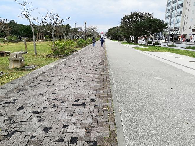 那覇新都心公園を一周するジョギング・コース