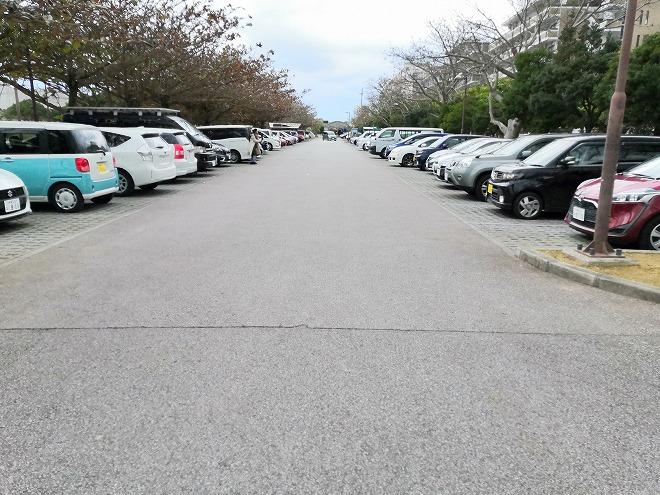 那覇新都心公園 駐車場