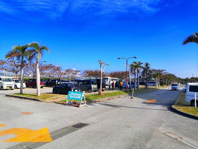 宜野湾トロピカルビーチ 無料駐車場