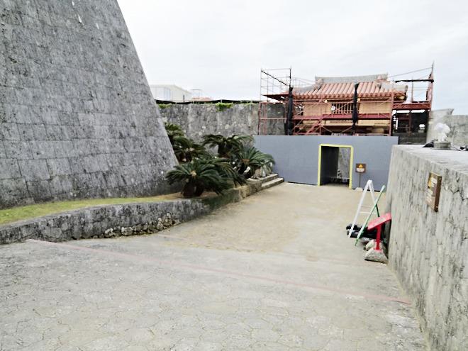 那覇 首里城「右掖門(うえきもん)」