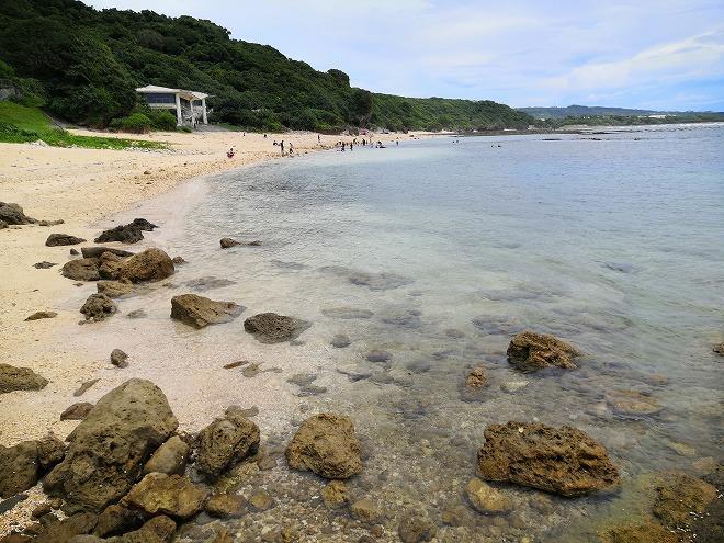 沖縄県八重瀬町「玻名城ビーチ」